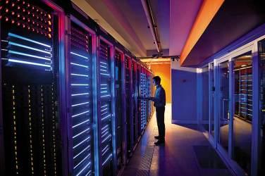 server_room_20130422.jpg